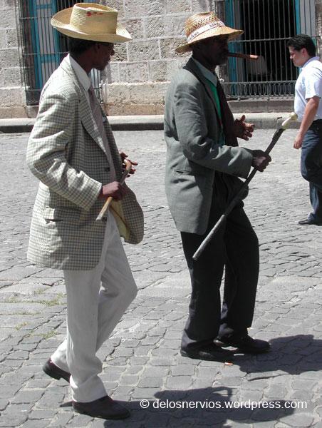 Bailando por las calles de La Habana